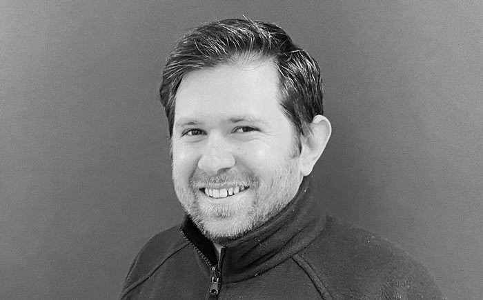 Tom Scott, Sales Manager